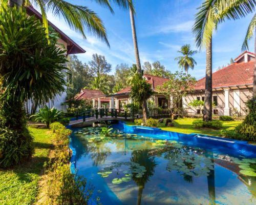 Отель Amora Beach Resort 4* Пхукет, Таиланд