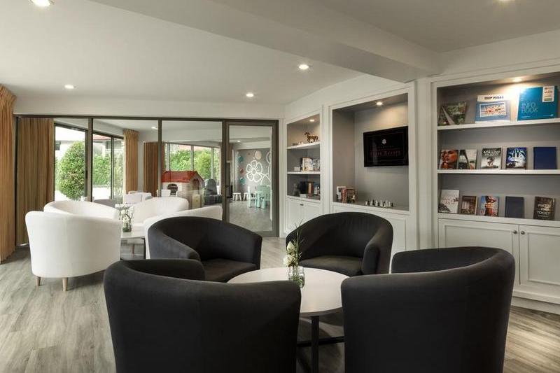 Отель Chanalai Flora Resort 4*, комната отдыха