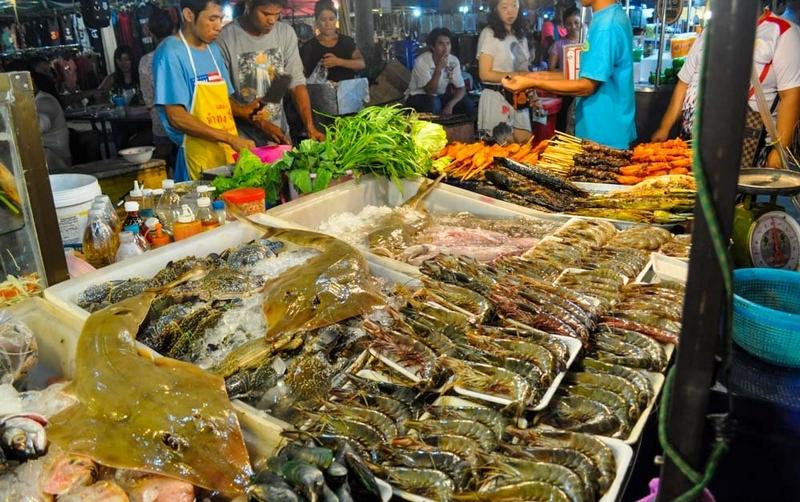 Ночной рынок Карона, Пхукет