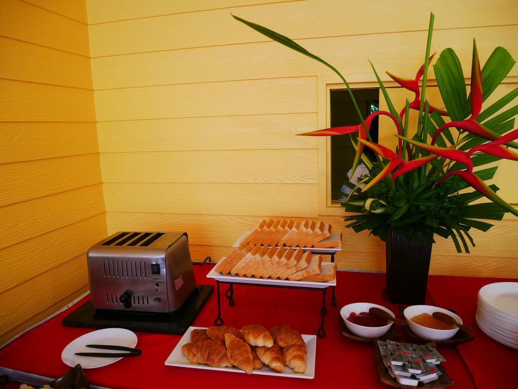Отель Eazy Resort Kata Beach 3*, завтрак