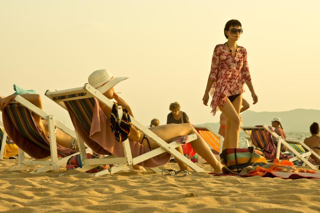 Частный пляж Ambassador Ocean Wing