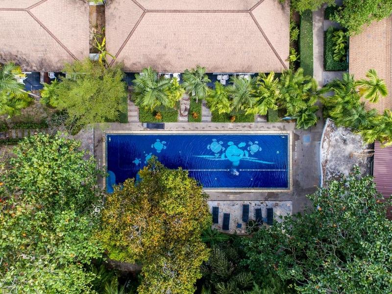 Отель Най Янг Бич Резорт, бассейн
