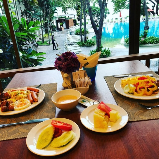 Завтрак в отеле Cosy Beach 3, Паттайя