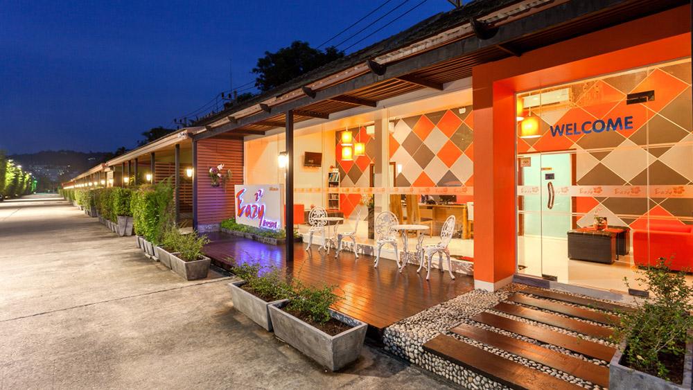 Ресторан отеля Бассейн отеля Eazy Resort Kata Beach 3*