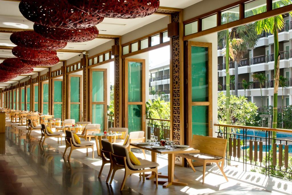 Ресторан отеля Велком Ворлд Бич Резорт в Паттайе