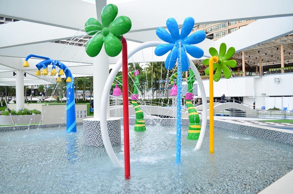 Детская зона в бассейне, Marina Tower Wing