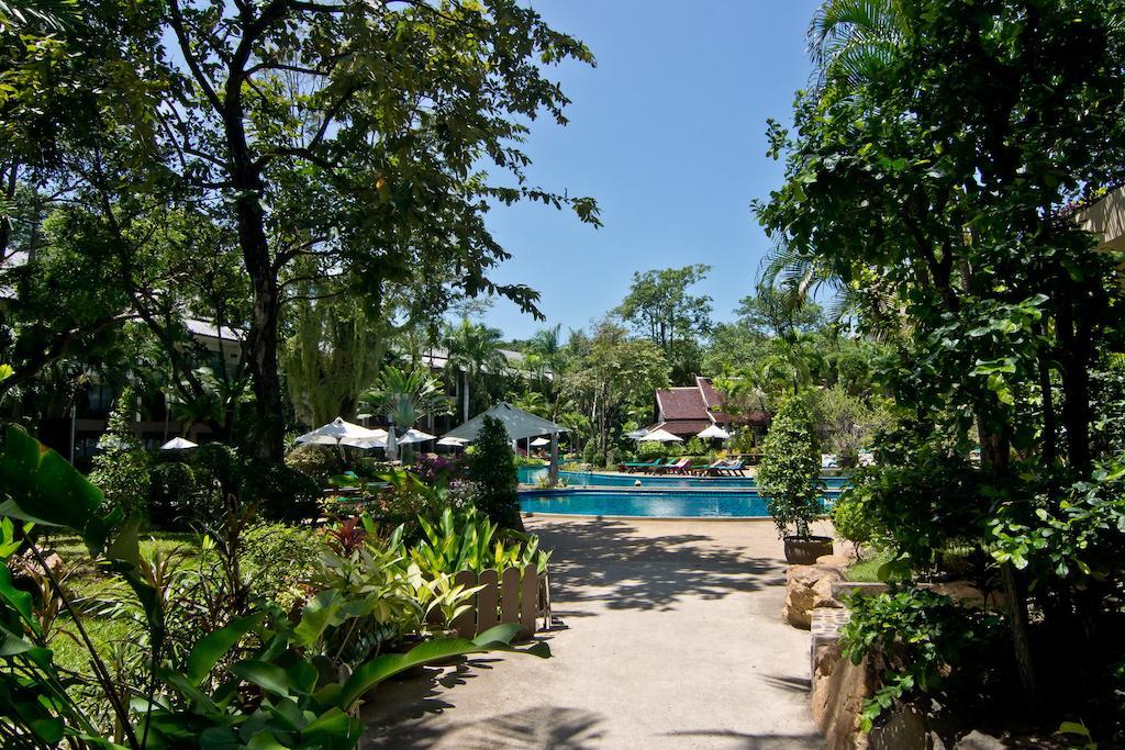 Территория отеля Грин Парк Резорт, Паттайя