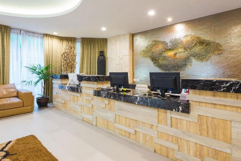 Отель Арая Бич Патонг 4*, лобби