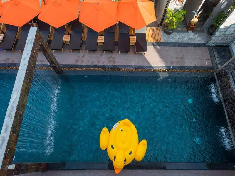 Отель Baan Kata Maytha 3* Ката Бич, бассейн