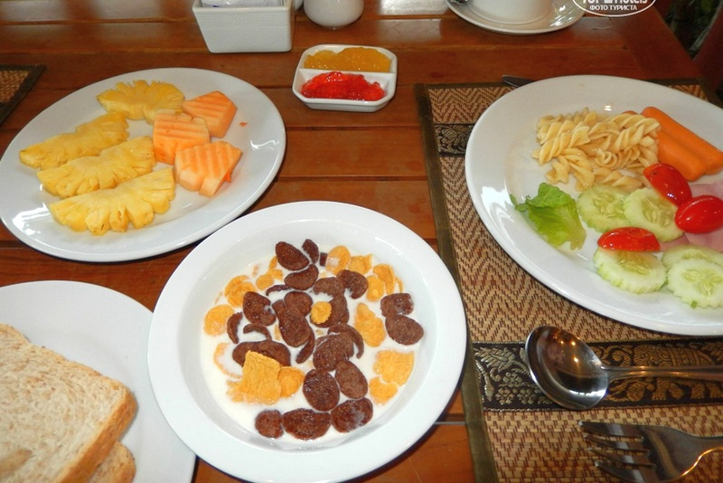 Примерный завтрак в отеле Princess Seaview Resort & Spa