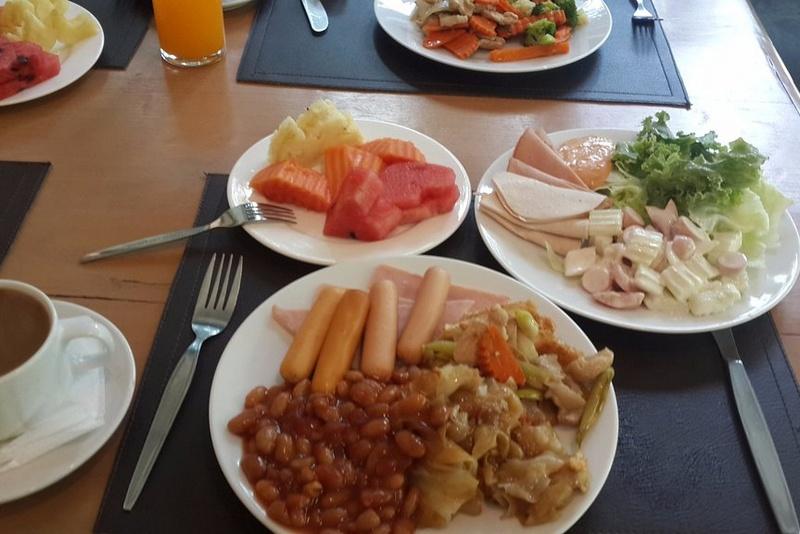Примерный перечень блюд на завтрак, The Green Park Resort, Паттайя