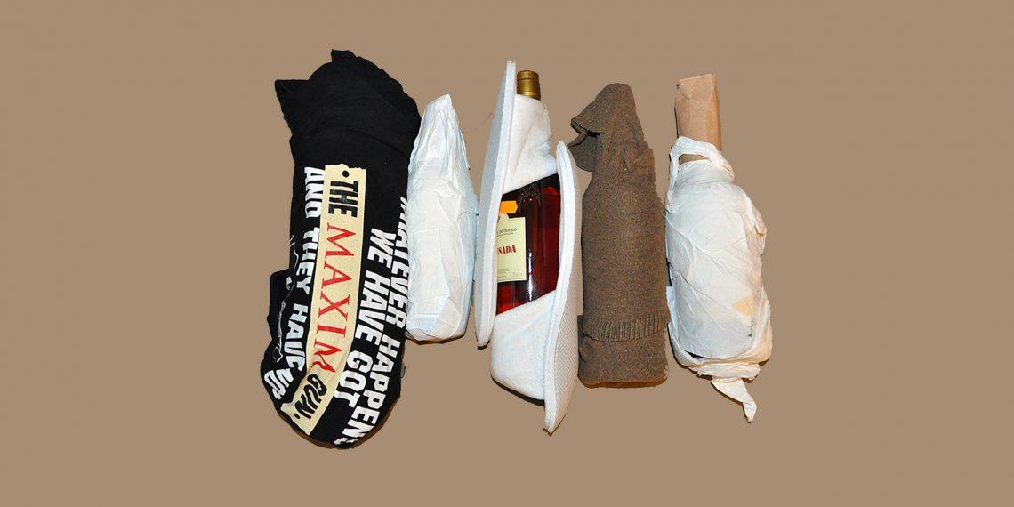 Как уложить стеклянные бутылки в чемодан, чтобы они не разбились